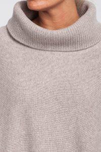 poncho-cuello-vuelto-cashmere-6 cabos